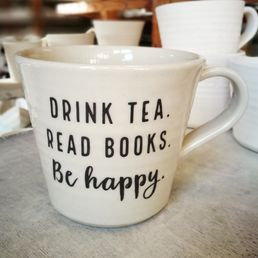 Jättimuki 6dl tekstillä Drink tea. Read books. Be happy.